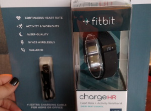 Fitbit; Fitbit Charge HR