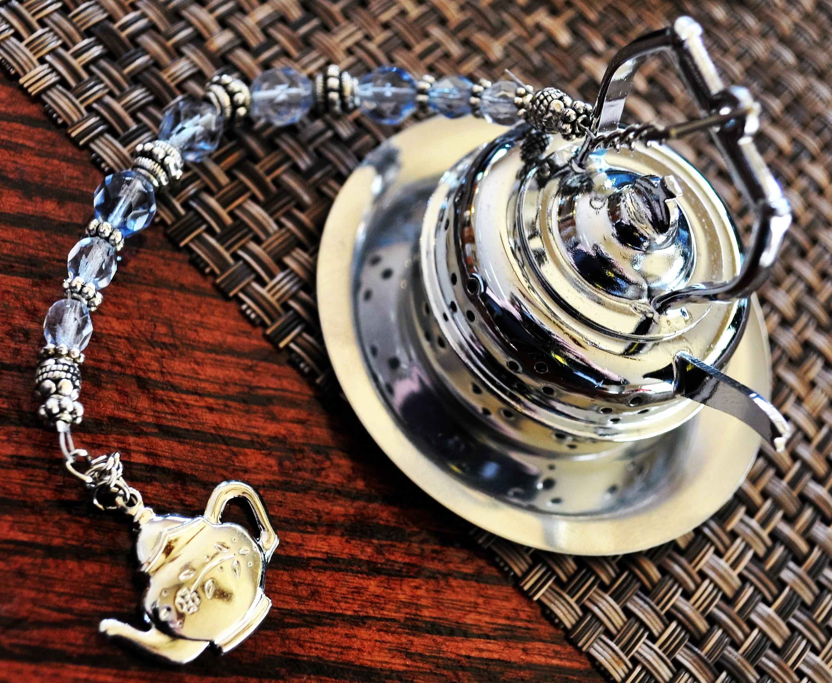 Cozy Reader Club April 2016 Tea Infuser 2